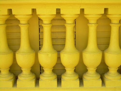 barcelona-yellow