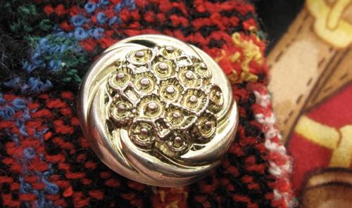 button-detail1