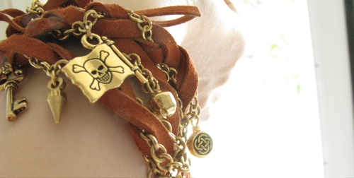 gold-leather-charm-bracelet