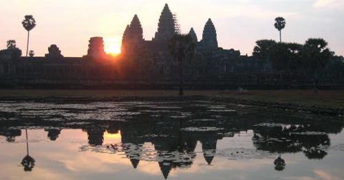 sunrise-angkor-wat
