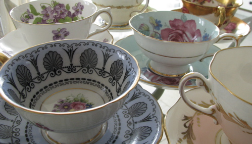 antique-china-teacups