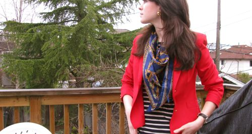 red-jacket-vancouver-styl
