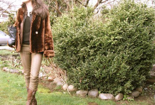 vintage-faux-fur-coat