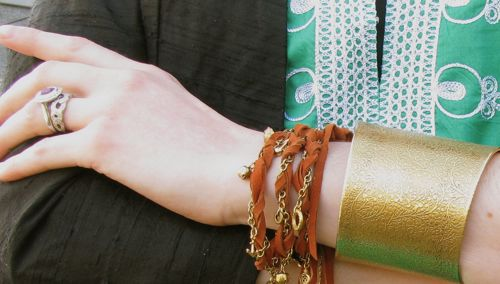 green-tunic-pirate-bracelet