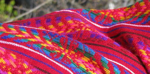 llama-wool-scarf-mexico