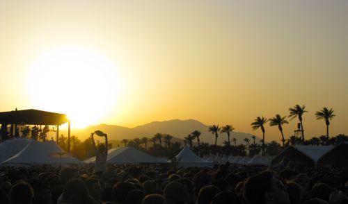 coachella-2010-festival-desert