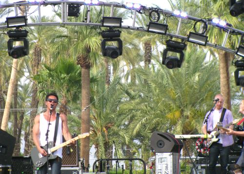 the-temper-trap-coachella-2010