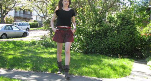 vintage-makeover-red-jeans-shorts