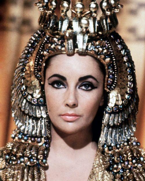 elizabeth-taylor-cleopatra_011