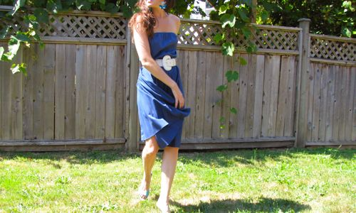 blue-vintage-pleated-dress