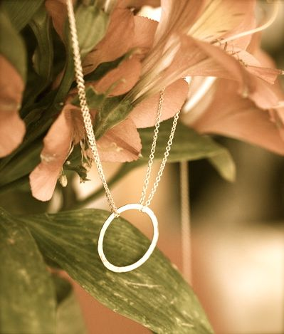 summer-ellis-eternite-necklace1