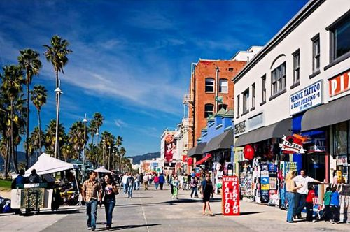 venice-beach-la-boardwalk
