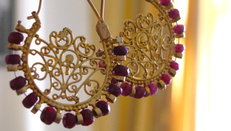 gold-ruby-earrings-from-istanbul