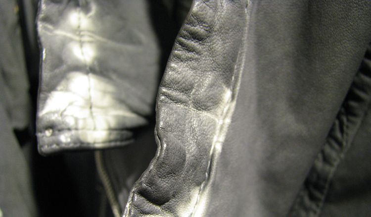 jnby-canada-leather-jacket-detail