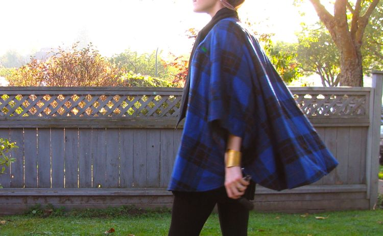 vintage-plaid-cape