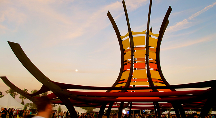 coachella-sculpture-2011-moon
