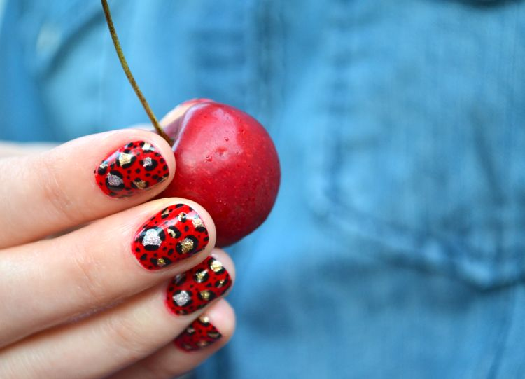 Beauty | Painting Leopard Print Nail Art, Step by Step (Oooh