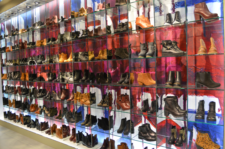 Shoe Stores Robson